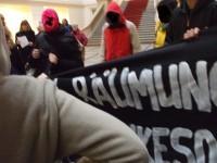 Aktion der Rigaer94 im Abgeordnetenhaus Berlin